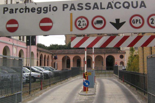 Vi manca un garage? A 30 euro al mese c'è il parking all' ex caserma. Tortona abbassa le tariffe!