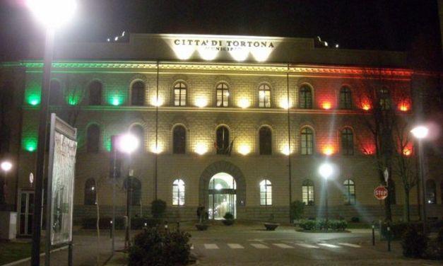 Vietati gli assembramenti: se dovete andare in Comune a Tortona, fino a venerdì dovete prenotare prima al telefono