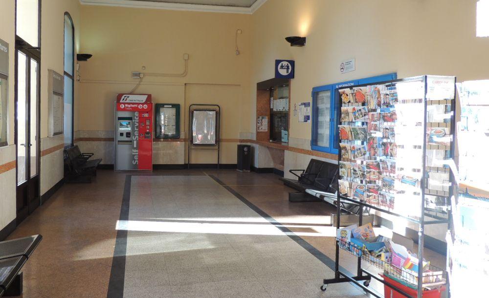 Domenica c'è un torneo di calcio balilla per far rinascere la vecchia stazione di Diano Marina