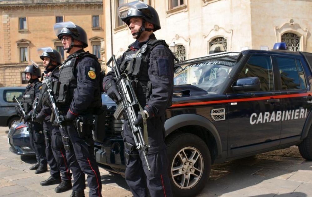 Sanremo, minaccia genitori e carabinieri con un coltello. 39enne arrestato.