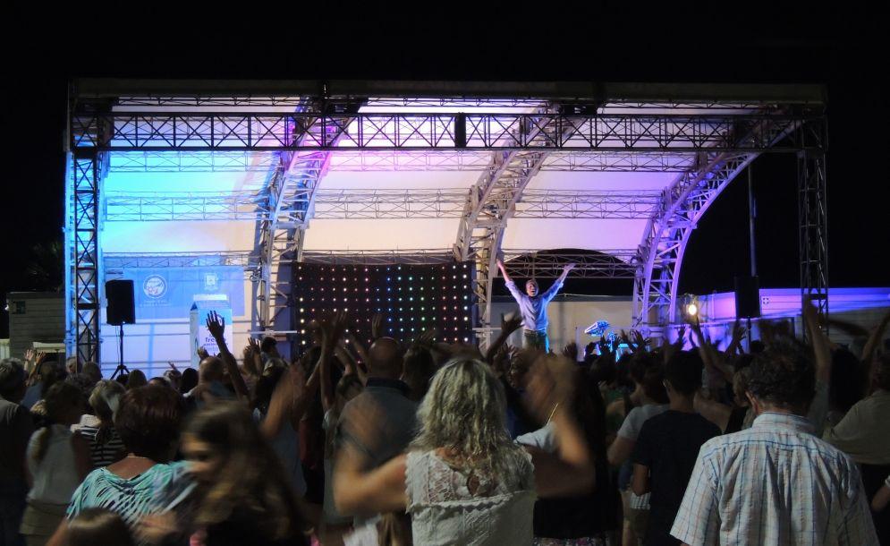 Venerdì e Sabato sera a Diano Marina si potrà fare rumore fino alle tre di notte sul Molo delle Tartarughe