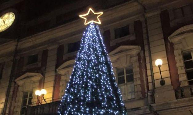 Mercoledì ad Alessandria la premiazione dei concorsi  'Natale al Volo' e 'Natale in vetrina'. I vincitori