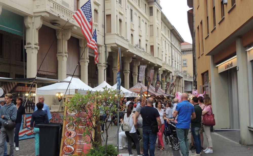 Lo Street Food fuori dal centro di Tortona non ha senso, chi lo vuole all'Oasi sbaglia