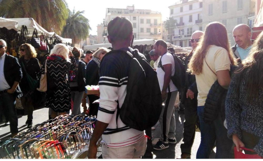 A Sanremo ancora problemi sull'abusivismo commerciale
