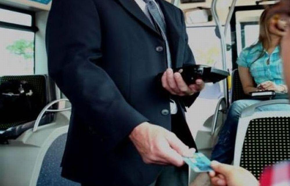 Sul treno carico di stranieri provenienti da ogni dove, il controllore chiede ad una tortonese il libretto sanitario del cane!