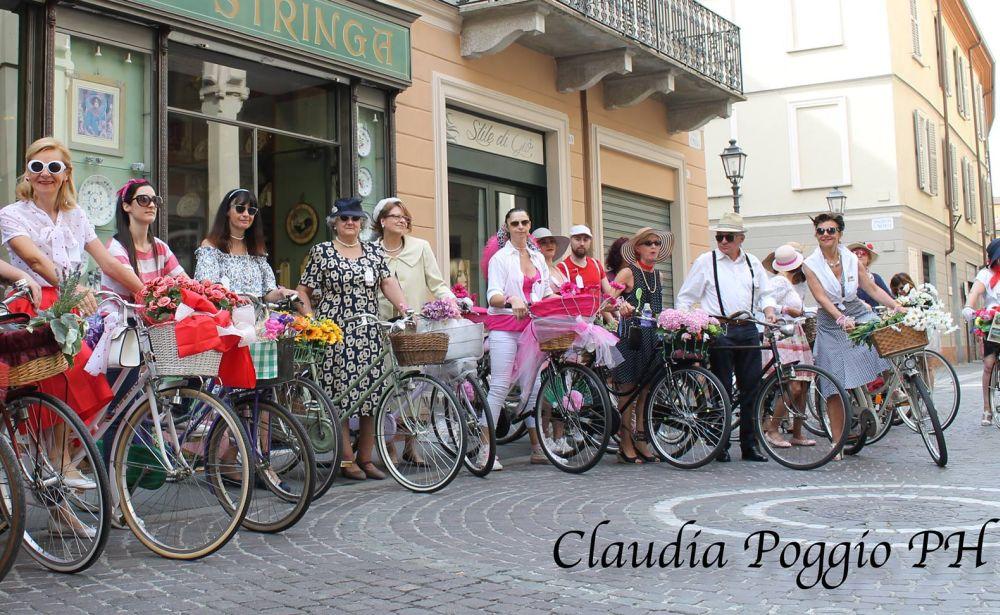 Arriva il Giro e a Novi Ligure anche le biciclette d'epoca
