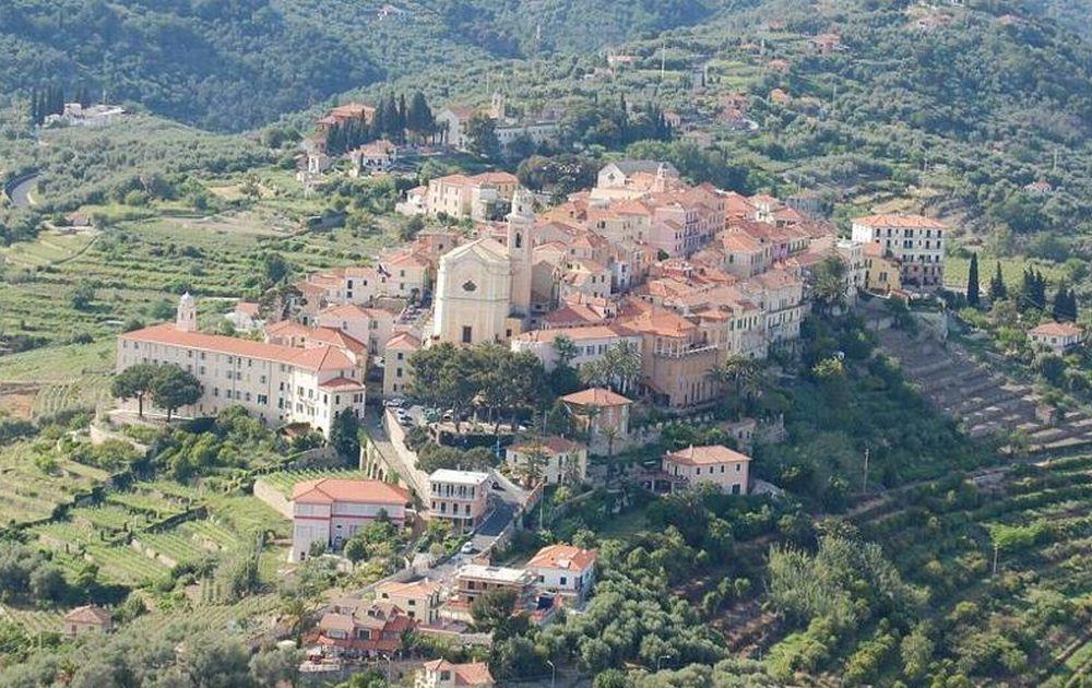 Venerdì e Sabato a Diano Castello c'è la maxi festa Medioevale