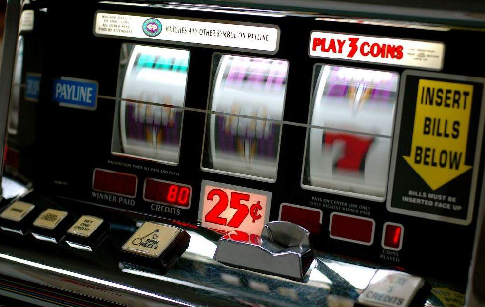 Slot machine a Bordighera, il Sindaco ha incontrato i tabaccai