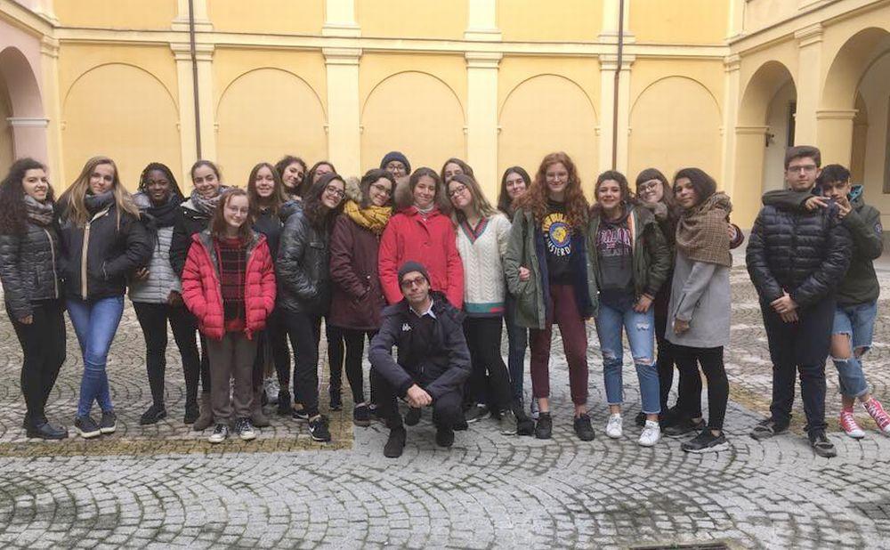 """Il Liceo """"Peano"""" di Tortona e la rete didattica """"Una storia per caso"""""""