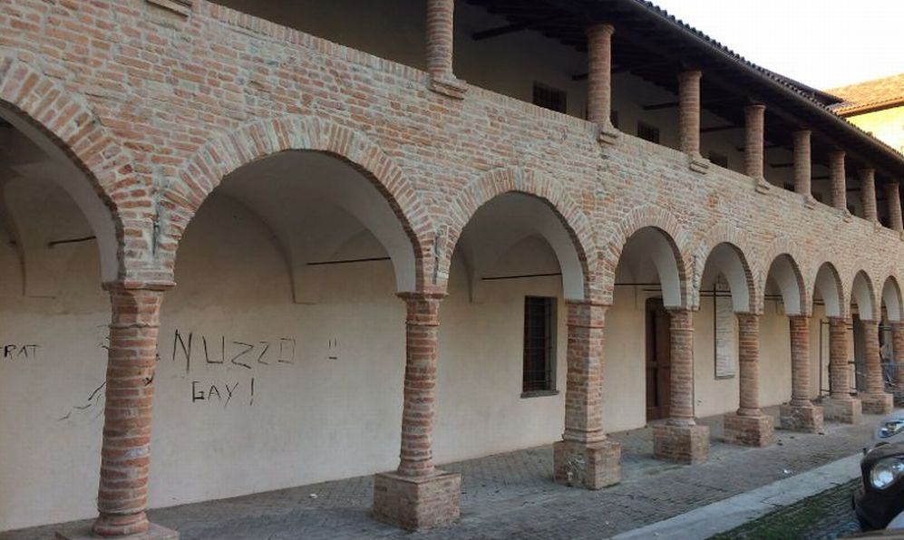 Tortona, vandali all'ex convento dell'Annunziata ristrutturato da poco che ospiterà la Biblioteca dei bambini