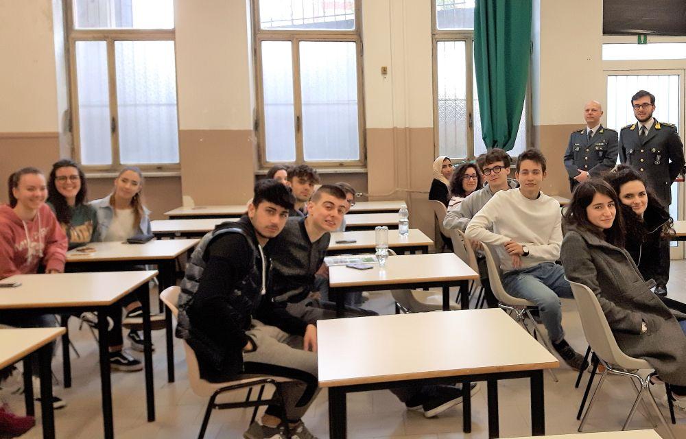 Gli studenti del Marconi di Tortona al servizio della legalità