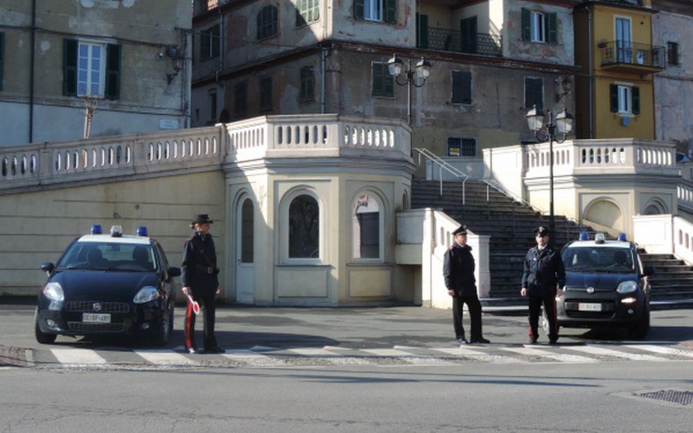 Giovane si barrica in casa ad Acqui Terme per non essere arrestato