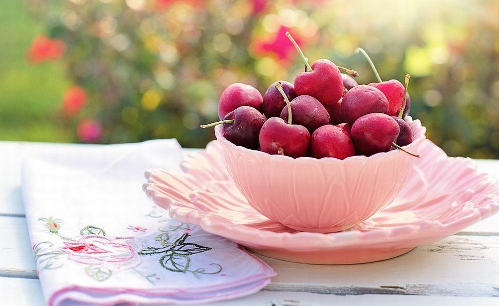 Domenica a Rivarone c'è la sagra della ciliegia