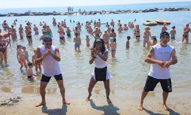 Fun on the Beach, tutti i giorni il fitness in spiaggia a San Bartolomeo al mare