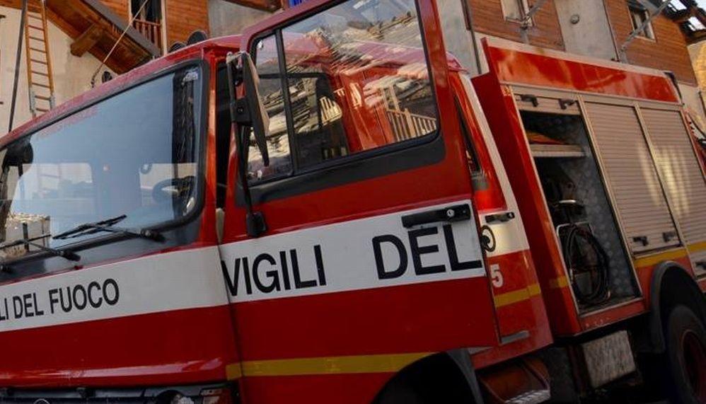 Incendio a Murisengo distrutti due trattori