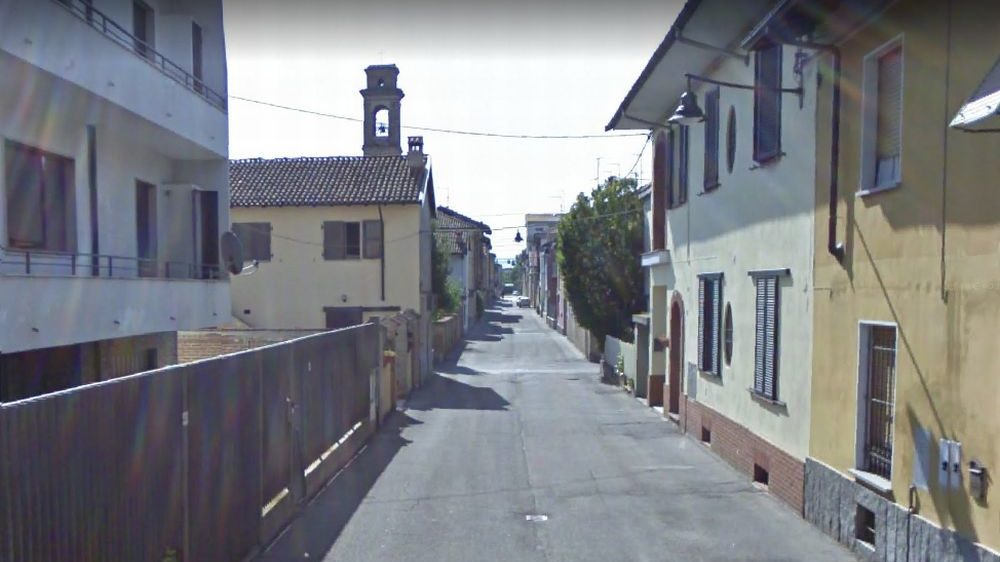 Fiamme nella notte a Pontecurone in via San Francesco d'Assisi: brucia una casa, abitanti svegli e ingenti danni
