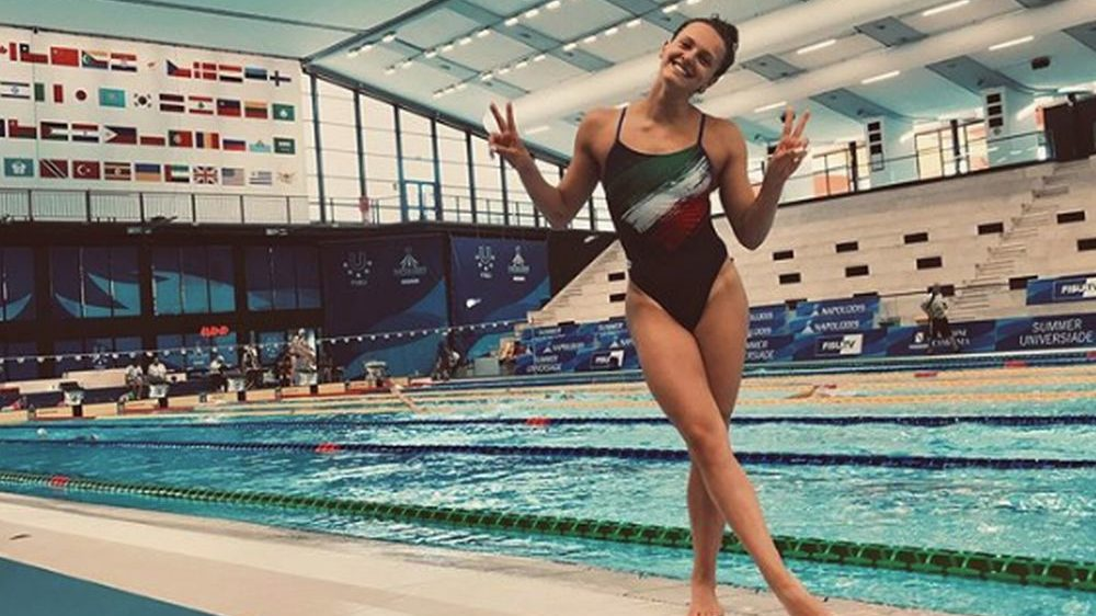 La giovane tortonese Alice Scarabelli medaglia d'argento nel nuoto alle Universiadi di Napoli