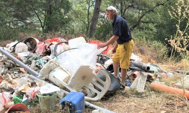 Scoperta in via dei Tufi a San Bartolomeo una discarica abusiva di rifiuti