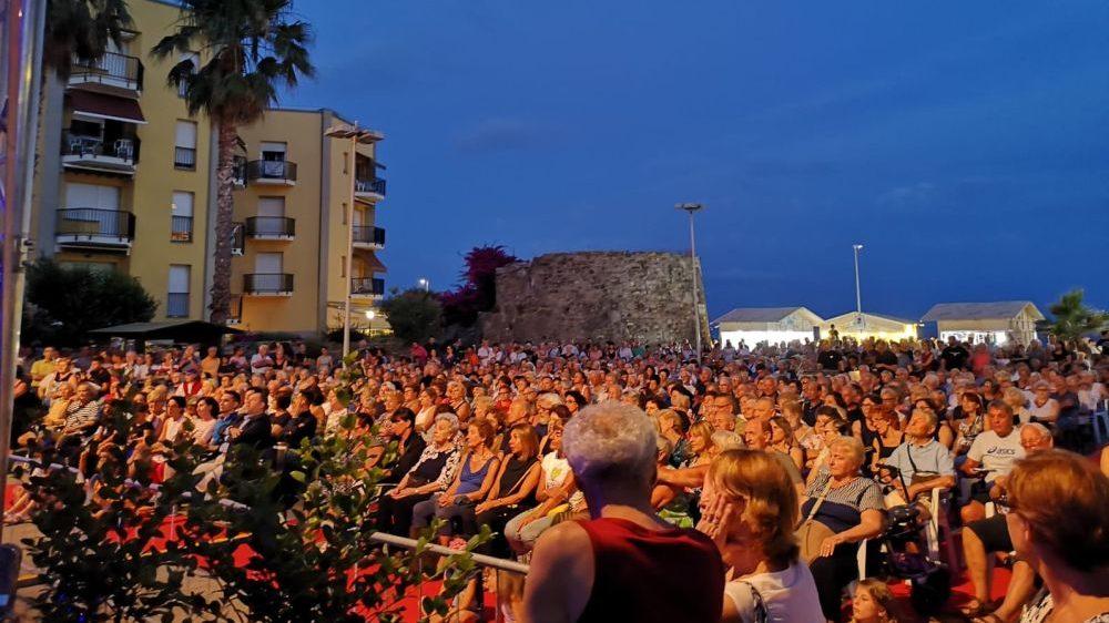 M&T Festival, ieri sera a San Bartolomeo il trionfo dei QueenMania e Katia Ricciarelli
