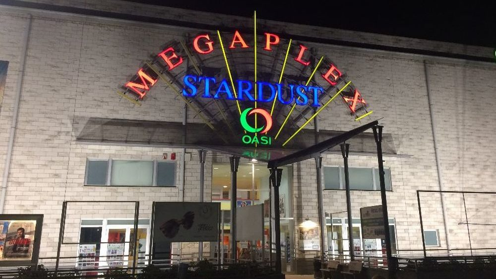 """""""Martin Eden"""" al Megaplex Stardust di Tortona sino al 11 settembre a prezzo ridotto grazie al Circolo del Cinema"""