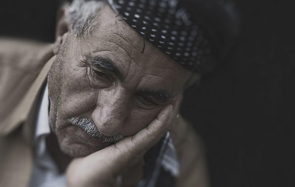 Pensionato 70enne trovato cadavere da diverso tempo nella sua casa a Gavi. Ennesimo caso di solitudine
