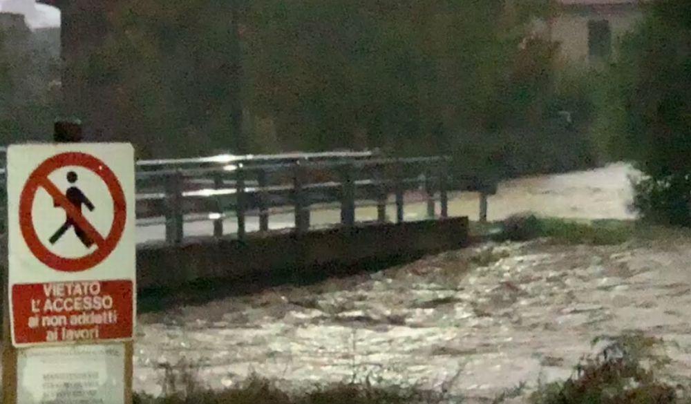 """Maltempo, un lettore solleva il problema della mancata manutenzione ai fiumi. """"Se venisse effettuata periodicamente…"""""""