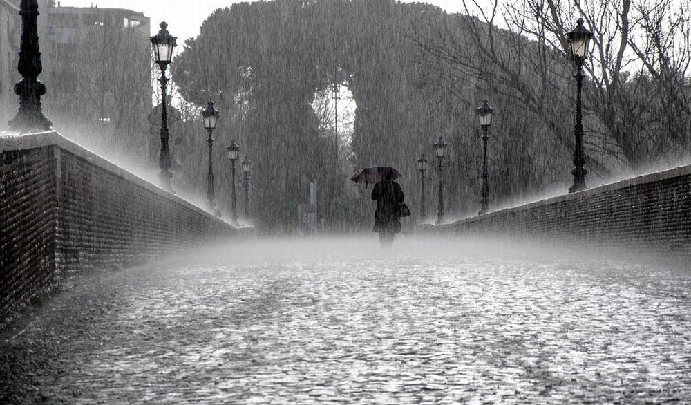 Piove e per l'Arpa rimane l'allerta per rischio meteo-idrogeologico