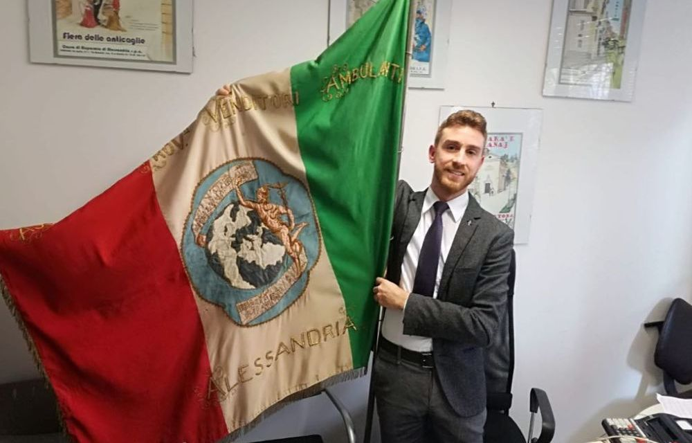 Il presidente della Confesercenti di Tortona, Andrea Bani, invita tutti a rimanere a casa