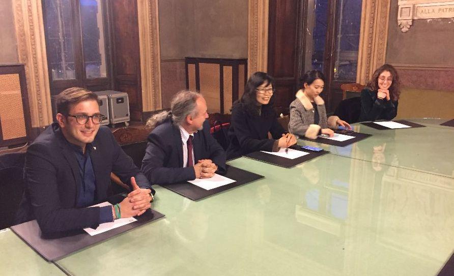 Due docenti dalla Cina fanno visita al sindaco di Alessandria