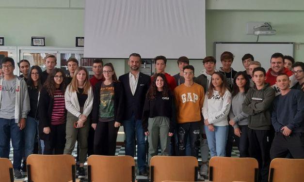 Il Sindaco di Tortona in visita al Marconi accolto da preside e studenti
