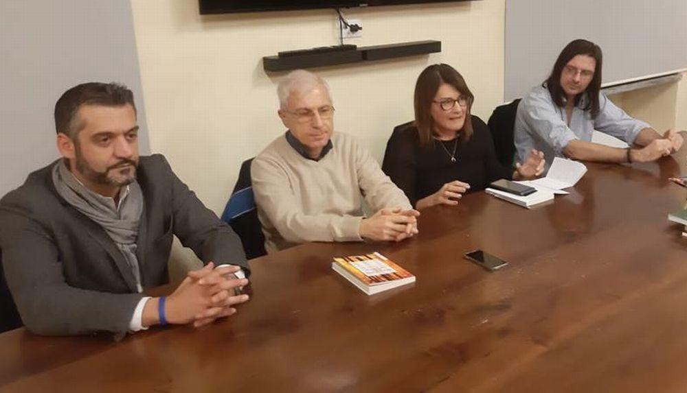 Il Sindaco e due giornalisti per la presentazione (con successo) del libro di Marco Candida