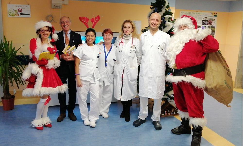 La Fondazione Uspidalet con Babbo Natale all'ospedale Infantile di Alessandria