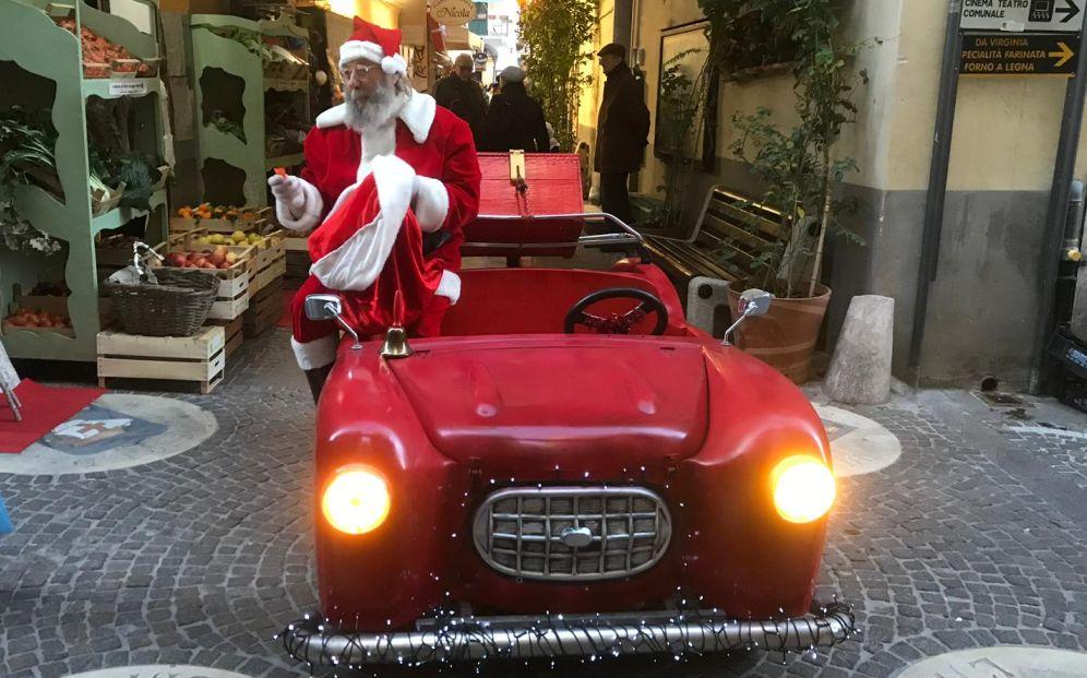 Magico Natale a Oneglia: domani, 21 dicembre, ultimo evento natalizio con On-Centro e il Circo di Babbo Natale