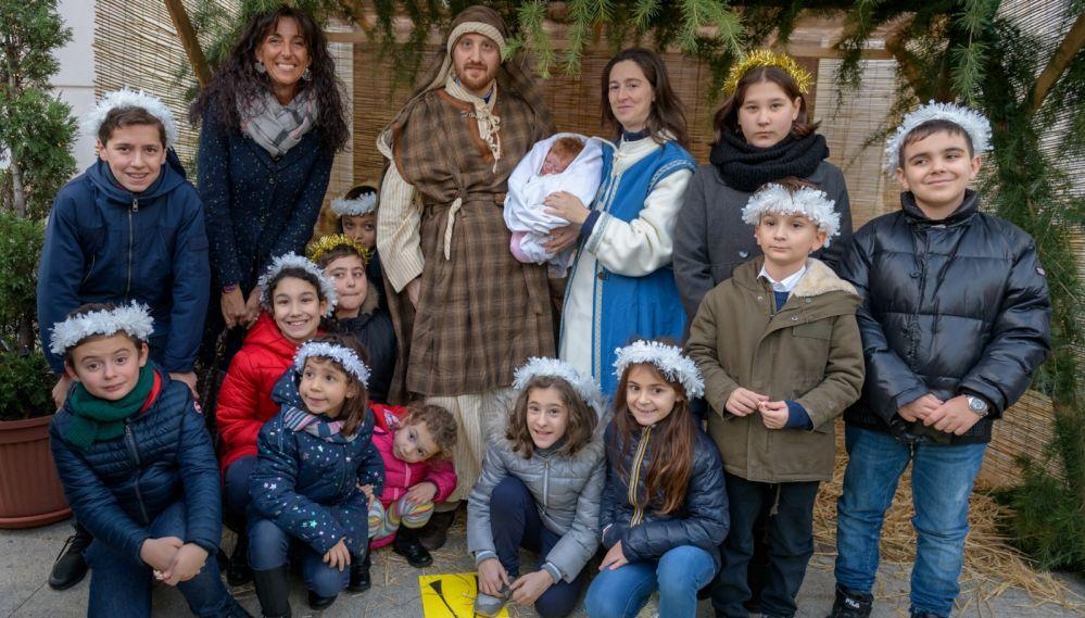 Nelle feste natalizie a Tortona è tornato il presepio vivente. Ecco immagini inedite e suggestive