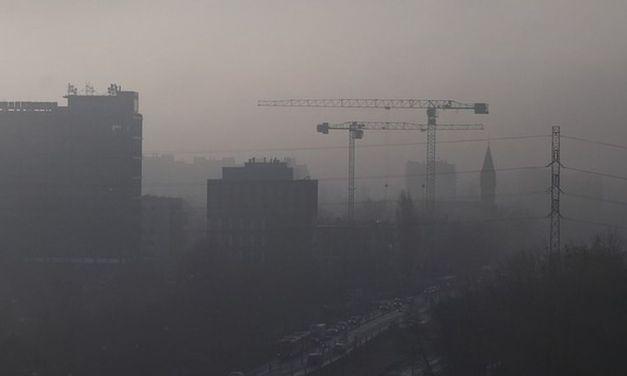 """Smog, i Cinquestelle denunciano: """"Ecatombe in Piemonte: 4.800 decessi da smog. Dall'Europa dati sconvolgenti."""""""