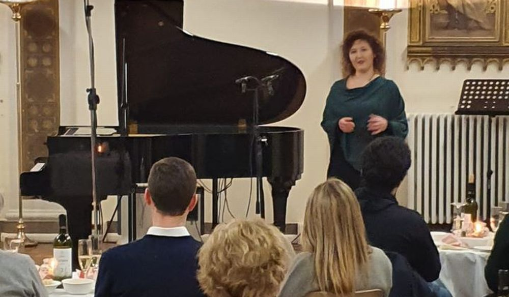 """Tutto esaurito per il concerto dell'Accademia Musicale """"Perosi"""" di Tortona con Sabrina Lanzi e i suoi allievi. Le immagini"""