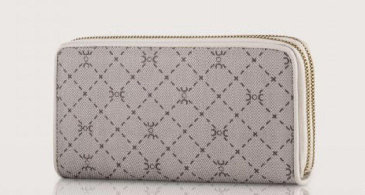 Mini bag Carpisa: accessori trendy per le serate estive