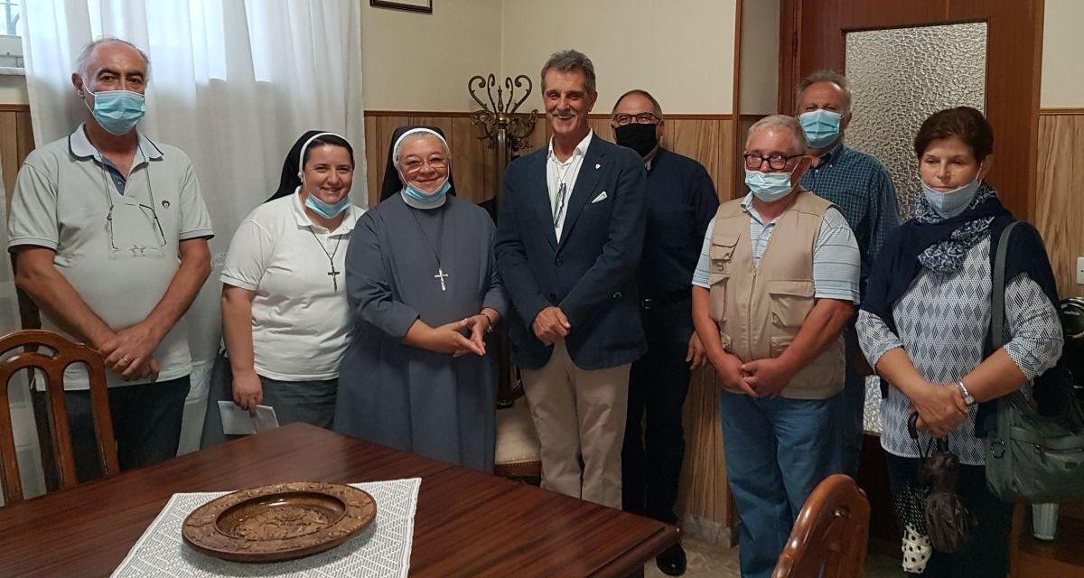 Grazie all'Associazione Nazionale Ex Allievi di Don Orione le suore di Tortona falcidiate dal Covid ricevono consistenti aiuti