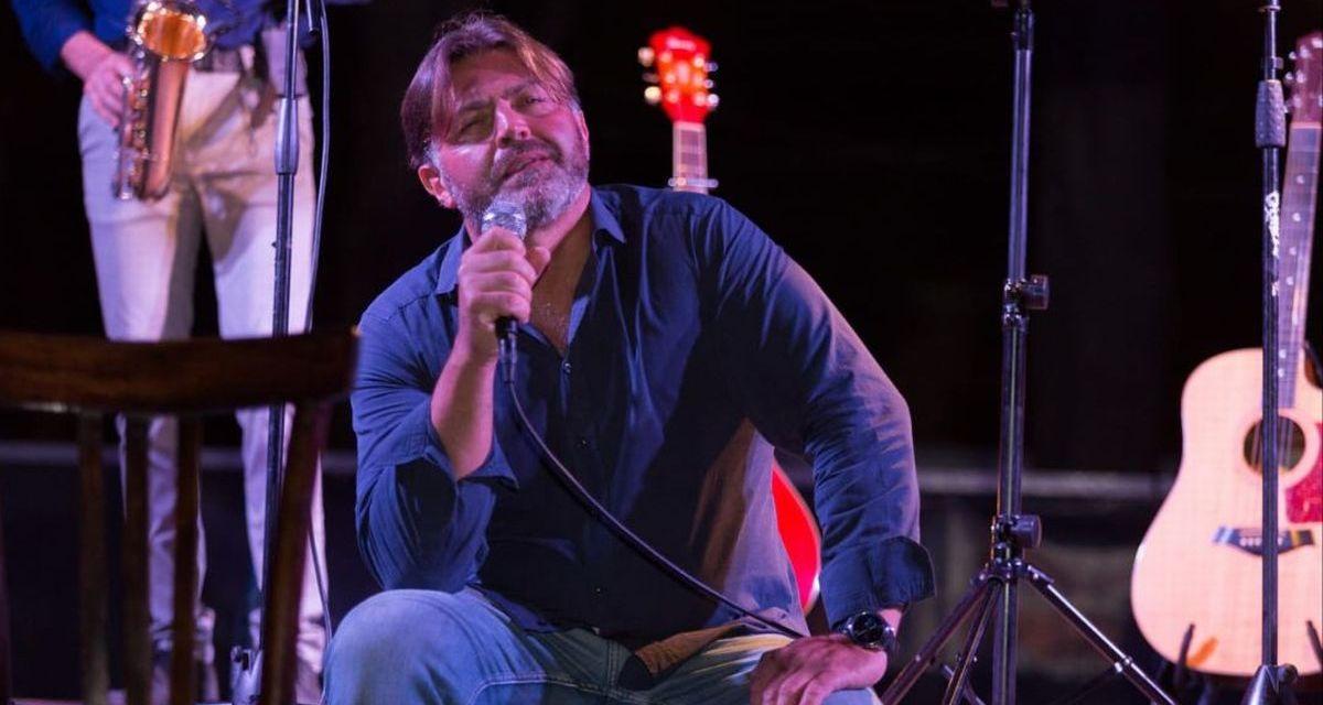 Per la seconda serata di Folk in Diano, Antonio Carli presenta la prima nazionale di Musicabaret