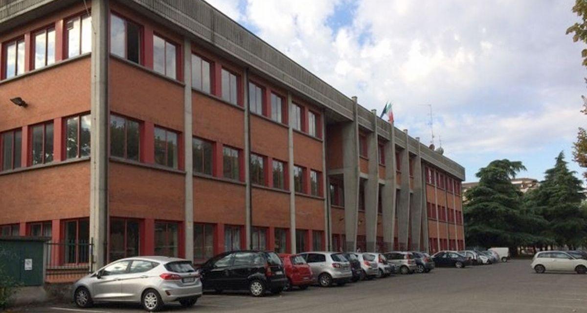 Il Marconi di Tortona vara incontri con le famiglie nel cortile della scuola, si inizia giovedì