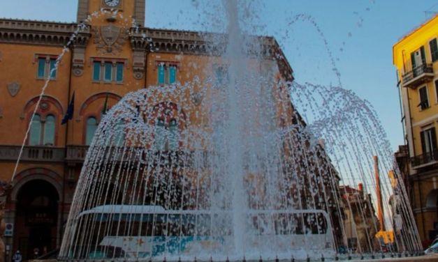 Imperia, riapre dopo il restauro la Fontana di Piazza Dante