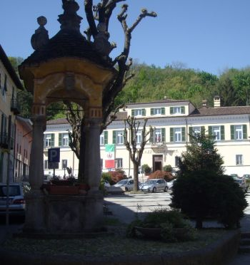 Arquata piazza municipio I