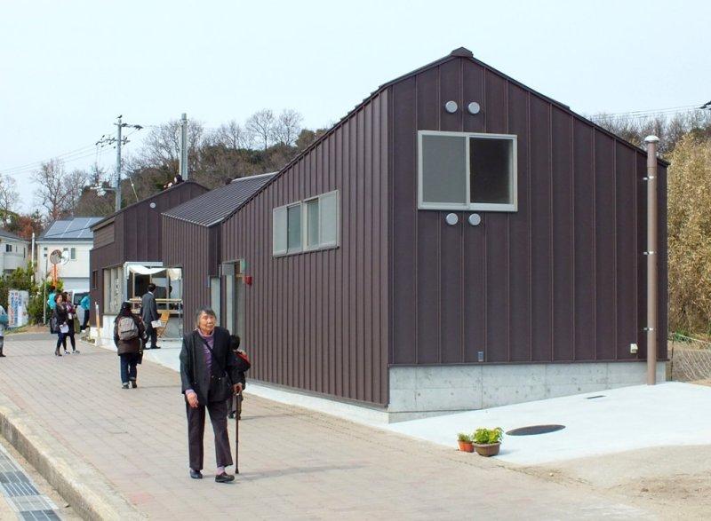 Shamijima Nishinohama beach house par Tetsuro Fujiyama+Tomii Architect & Associates