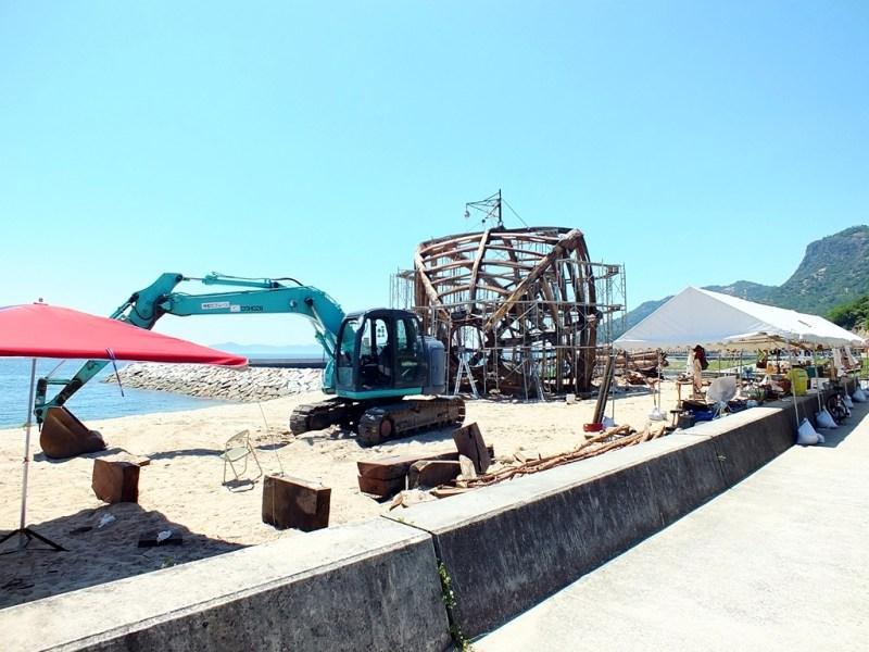 7 - Construction sur la plage de Ko