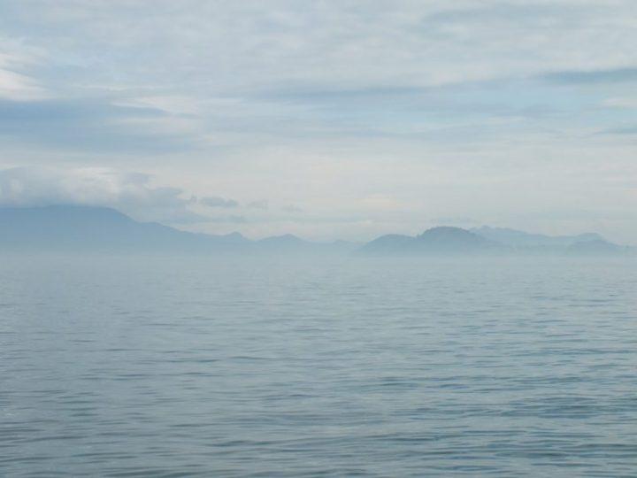 Mer Interieure de Seto dans la Brume
