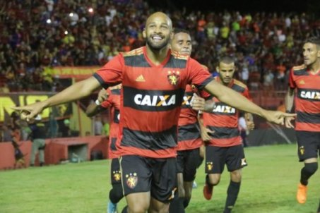 Image result for Com golaço de Fellipe Bastos, Sport vence e sobe na tabela