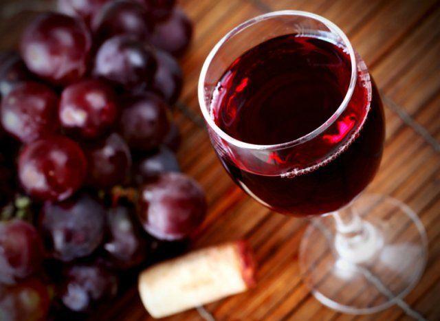 az emberek megismerjék a bor otthon