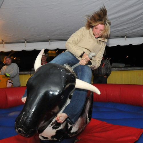 stephanie_rides_the_bull