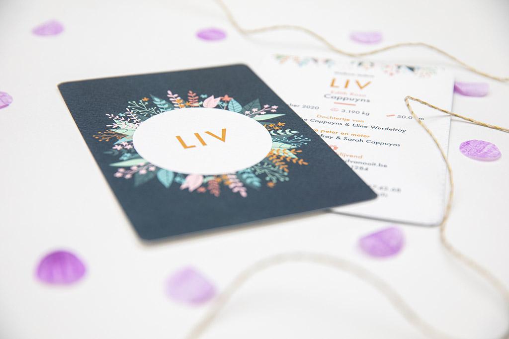 Grafisch ontwerp illustratie geboortekaartjes bloemen Liv Oh Deer Design