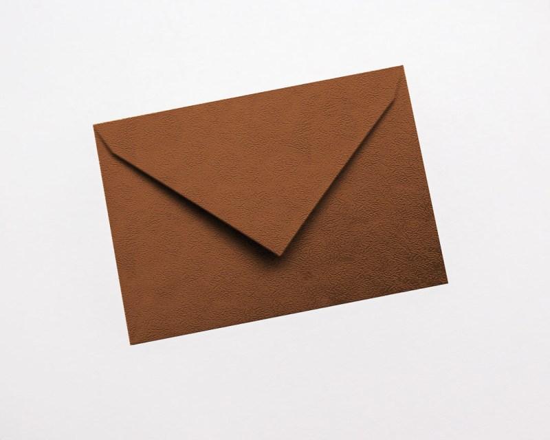 gekleurde enveloppen metallic glanzend koper brons copper